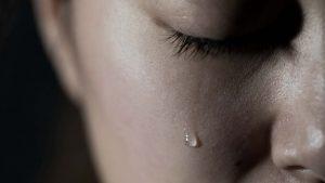 O plakanju